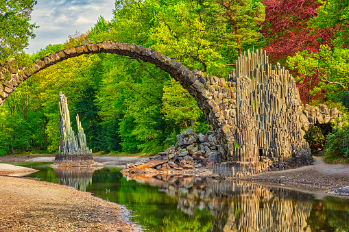 Fairy Tale「Rakotz bridge (Arch Bridge, Rakotzbrücke) in Kromlau, Germany (HDRi)」:スマホ壁紙(18)