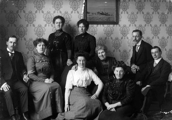 Edwardian Style「Edwardian Family」:写真・画像(12)[壁紙.com]
