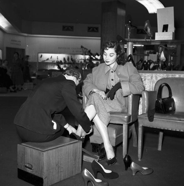 Assistant「Marigold's Shoes」:写真・画像(15)[壁紙.com]