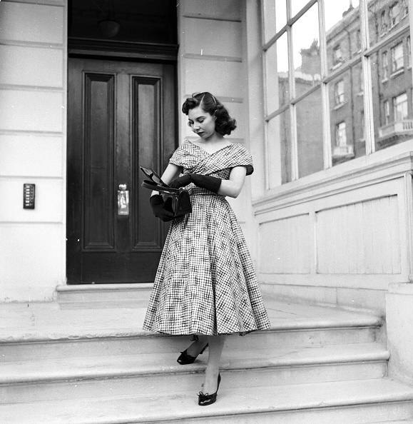 Purse「Marigold's Handbag」:写真・画像(15)[壁紙.com]