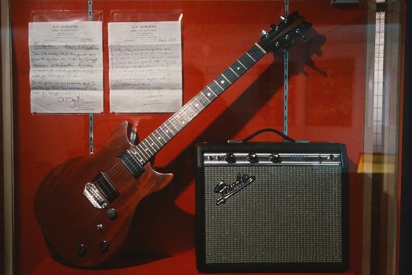 Amplifier「George's Guitar」:写真・画像(11)[壁紙.com]