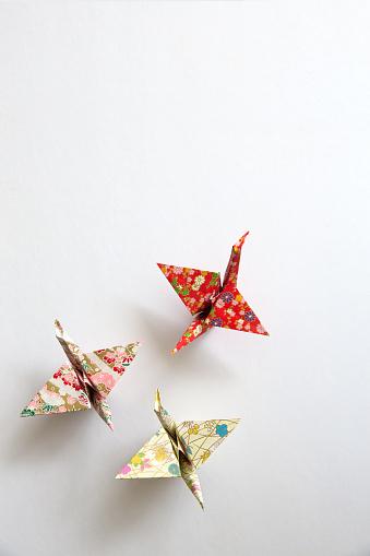 Paper Craft「Paper Origami Cranes」:スマホ壁紙(6)