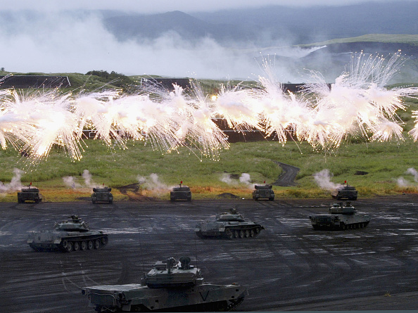 Tokai Region「Annual Military Exercise At The Foot Of Mount Fuji」:写真・画像(14)[壁紙.com]