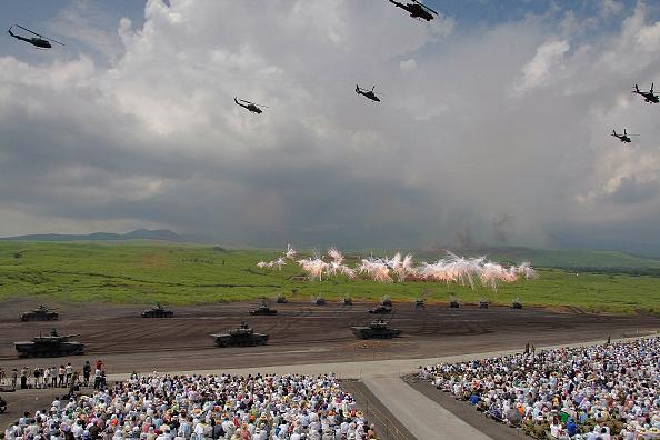 静岡県「Annual Military Exercise Takes Place At Mt. Fuji」:写真・画像(19)[壁紙.com]