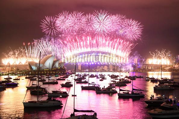New Year「Australians Celebrate New Year's Eve 2020」:写真・画像(16)[壁紙.com]