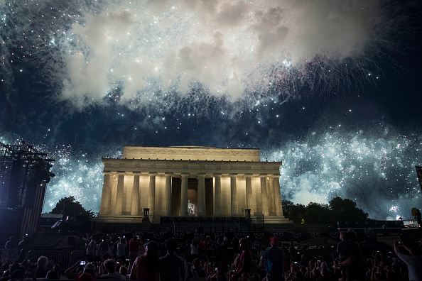 Washington DC「President Trump Delivers Address At Lincoln Memorial On Independence Day」:写真・画像(16)[壁紙.com]