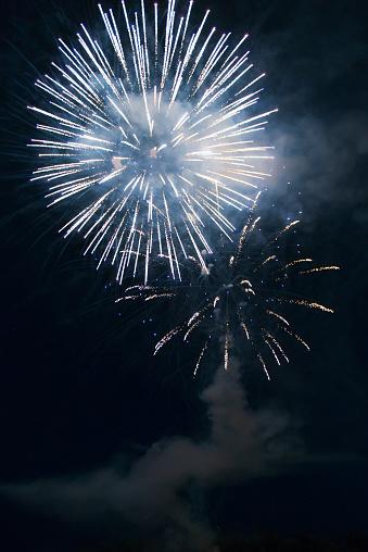 花火「Fireworks display」:スマホ壁紙(11)