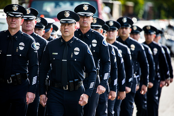 Police Force「Funeral Held For Sheriff's Deputy Killed In Borderline Mass Shooting」:写真・画像(15)[壁紙.com]