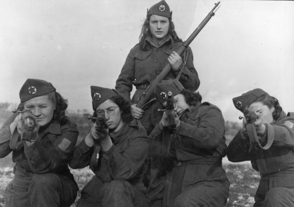 Women's Forces「Firing Line」:写真・画像(11)[壁紙.com]