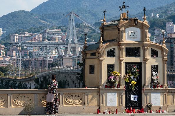 Bridge - Built Structure「Aftermath Of The Morandi Bridge Collapse in Genoa」:写真・画像(18)[壁紙.com]