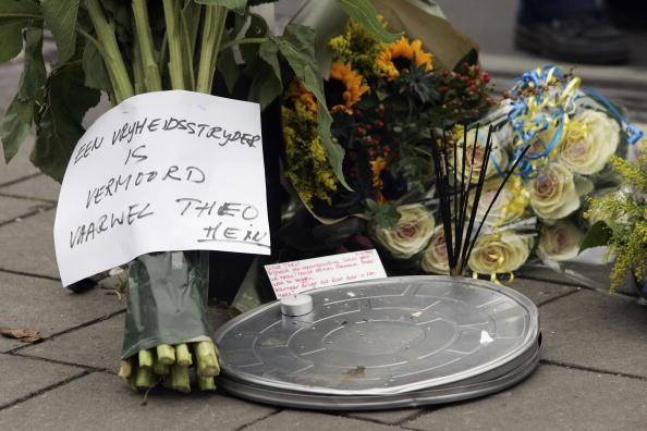 Netherlands「Dutch Filmmaker Theo van Gogh Killed」:写真・画像(19)[壁紙.com]