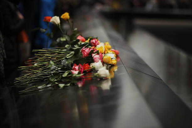 North「25th Anniversary Of 1993 World Trade Center Bombing Marked At 9/11 Memorial」:写真・画像(15)[壁紙.com]