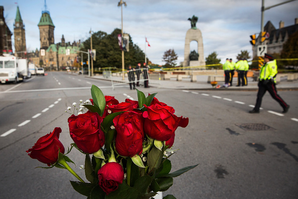 Nathan Burton「Ottawa On Alert After Shootings At Nation's Capitol」:写真・画像(12)[壁紙.com]