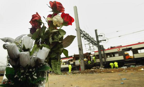 2004 Madrid Train Bombings「Madrid Train Blasts Kill At Least 198」:写真・画像(5)[壁紙.com]