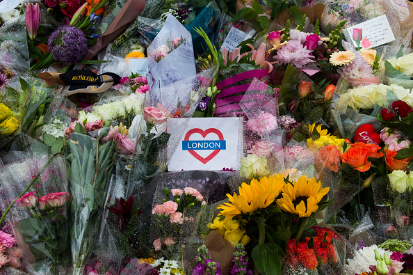 London Bridge - England「Vigils Are Held For The Victims Of The London Bridge Terror Attacks」:写真・画像(13)[壁紙.com]