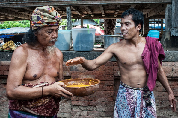 Condiment「The Ancient Balinese Village Of Tenganan Pagringsingan Gather For Pandanus War Ritual」:写真・画像(15)[壁紙.com]