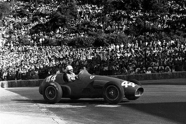 Ferrari「Maurice Trintignant, Grand Prix Of Monaco」:写真・画像(16)[壁紙.com]