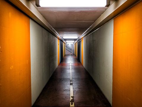 Horror「Corridor」:スマホ壁紙(7)