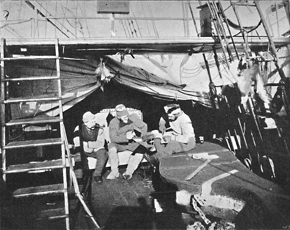 Sailor「'Workshop on deck. July, 1895',」:写真・画像(10)[壁紙.com]