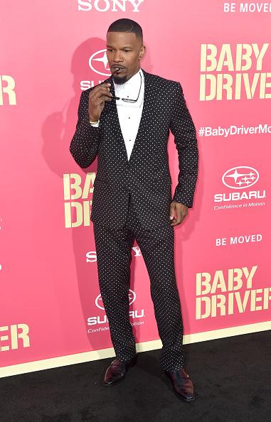 1人「Premiere Of Sony Pictures' 'Baby Driver' - Arrivals」:写真・画像(13)[壁紙.com]