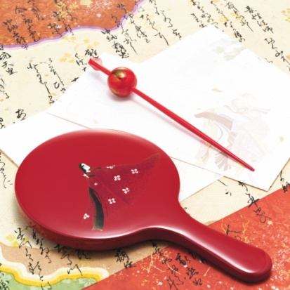 Hand Mirror「Hand mirror and Japanese hairpin on paper written Japanese poem, high angle view」:スマホ壁紙(11)