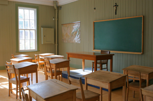 Elementary School Building「Historical Old School Interior」:スマホ壁紙(16)
