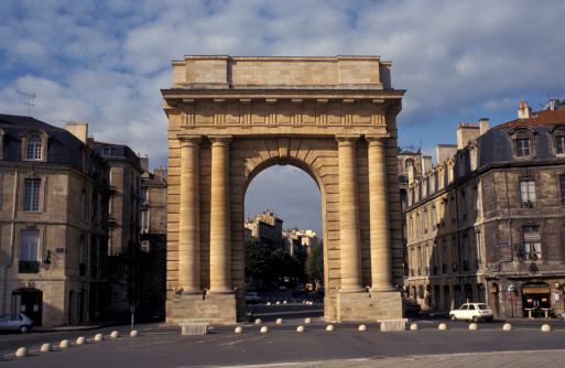 Nouvelle-Aquitaine「Historical landmark in Aquitaine, France」:スマホ壁紙(15)