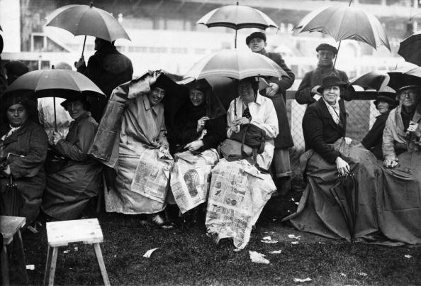 Express Newspapers「Rainy Derby」:写真・画像(17)[壁紙.com]