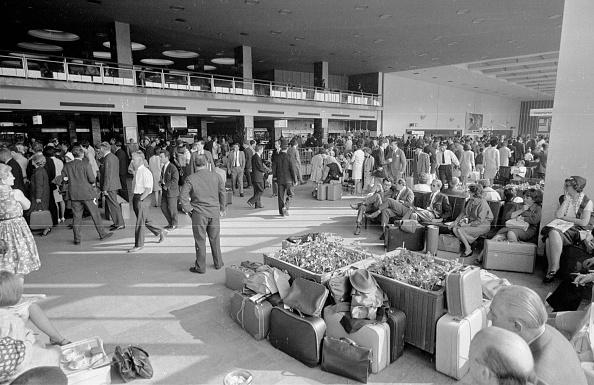 Passenger「Airport Strike」:写真・画像(7)[壁紙.com]