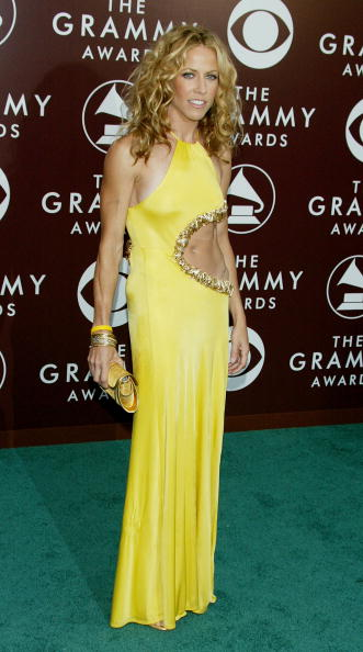 Curly Hair「The 47th Annual Grammy Awards - Arrivals」:写真・画像(0)[壁紙.com]
