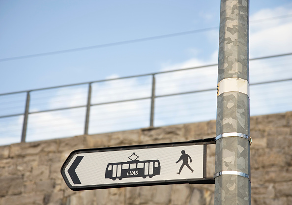 Focus On Foreground「LUAS station sign, Dublin, Ireland 2008」:写真・画像(7)[壁紙.com]