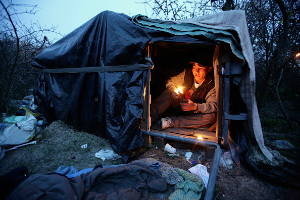Calais「Refugees Try To Reach Britain From Mainland Europe」:写真・画像(16)[壁紙.com]