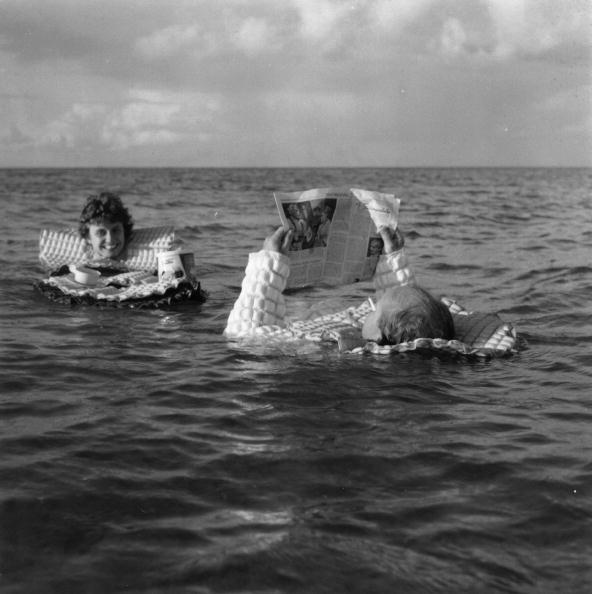 Equipment「Floating Suit」:写真・画像(6)[壁紙.com]