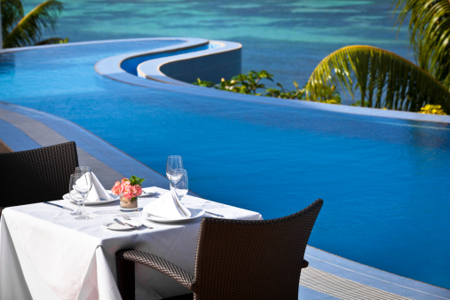 Resort「tropical fine dining table setting」:スマホ壁紙(0)