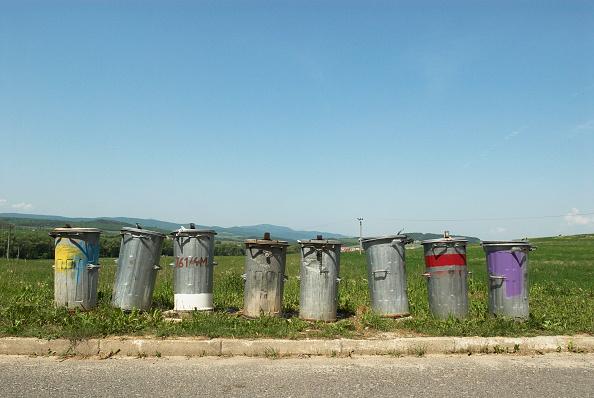 Copy Space「Metal trash bins in countryside village, Slovakia」:写真・画像(8)[壁紙.com]