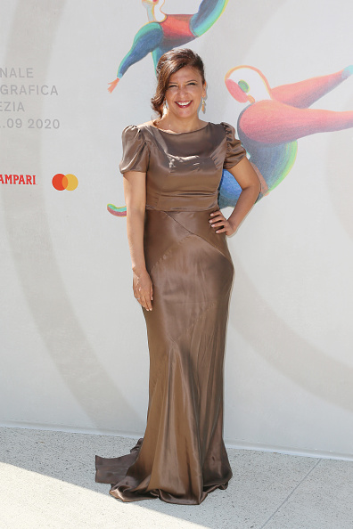 """Short Sleeved「""""The Man Who Sold His Skin"""" Red Carpet - The 77th Venice Film Festival」:写真・画像(14)[壁紙.com]"""