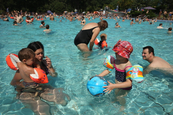 Outdoors「Heat Wave Hits Central Europe」:写真・画像(10)[壁紙.com]