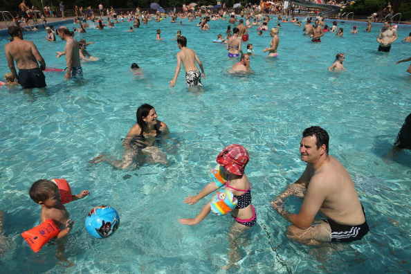 Shallow「Heat Wave Hits Central Europe」:写真・画像(17)[壁紙.com]