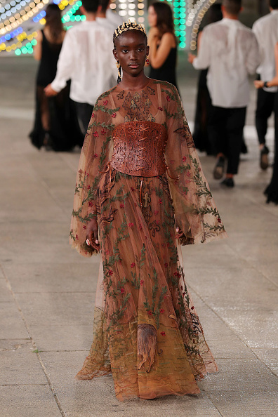 Floral Pattern Dress「Dior Cruise 2021 - Runway」:写真・画像(16)[壁紙.com]