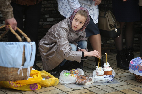Easter Basket「Tensions Continue In Eastern Ukraine Despite Diplomatic Progress」:写真・画像(10)[壁紙.com]