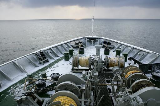 かえる「Arctic Ocean, ship on Barents Sea」:スマホ壁紙(4)