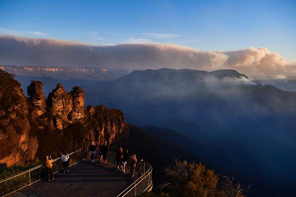 Mountain「World Heritage Area Under Threat As Bushfires Burn Across Blue Mountains」:写真・画像(10)[壁紙.com]
