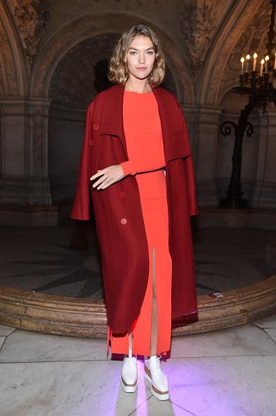 Coat - Garment「Stella McCartney : Front Row  - Paris Fashion Week Womenswear Fall/Winter 2017/2018」:写真・画像(6)[壁紙.com]