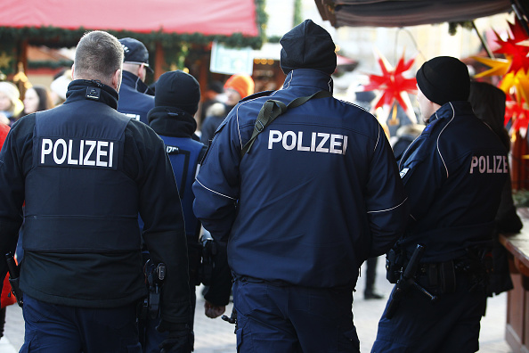 Germany「Berlin Christmas Markets Reopen Following Apparent Terror Attack」:写真・画像(5)[壁紙.com]