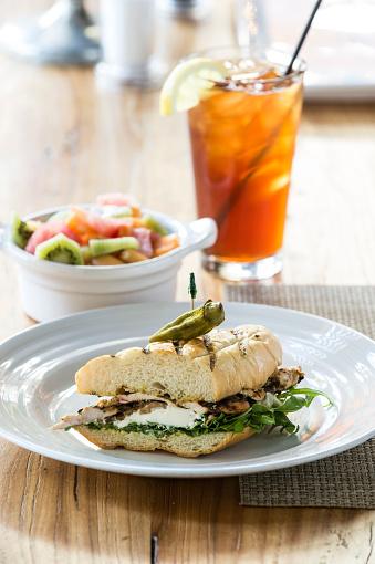 Ice Tea「Chicken mozzarella sandwich」:スマホ壁紙(13)