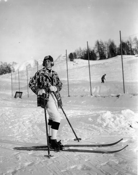 Skiing「Knitted Skiwear」:写真・画像(16)[壁紙.com]