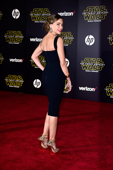 "Alternative Pose「Premiere Of Walt Disney Pictures And Lucasfilm's ""Star Wars: The Force Awakens"" - Arrivals」:写真・画像(12)[壁紙.com]"