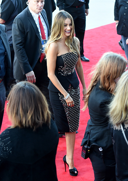 T 「50th Academy Of Country Music Awards - Arrivals」:写真・画像(0)[壁紙.com]