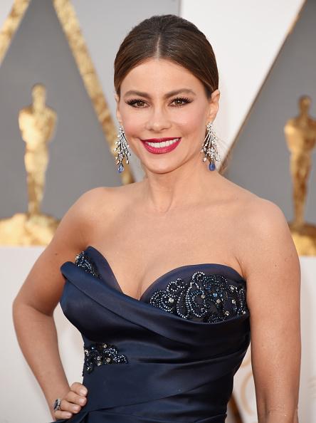 Sofia Vergara「88th Annual Academy Awards - Arrivals」:写真・画像(8)[壁紙.com]