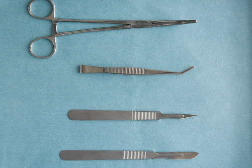 Four Objects「Surgical equipment」:スマホ壁紙(15)